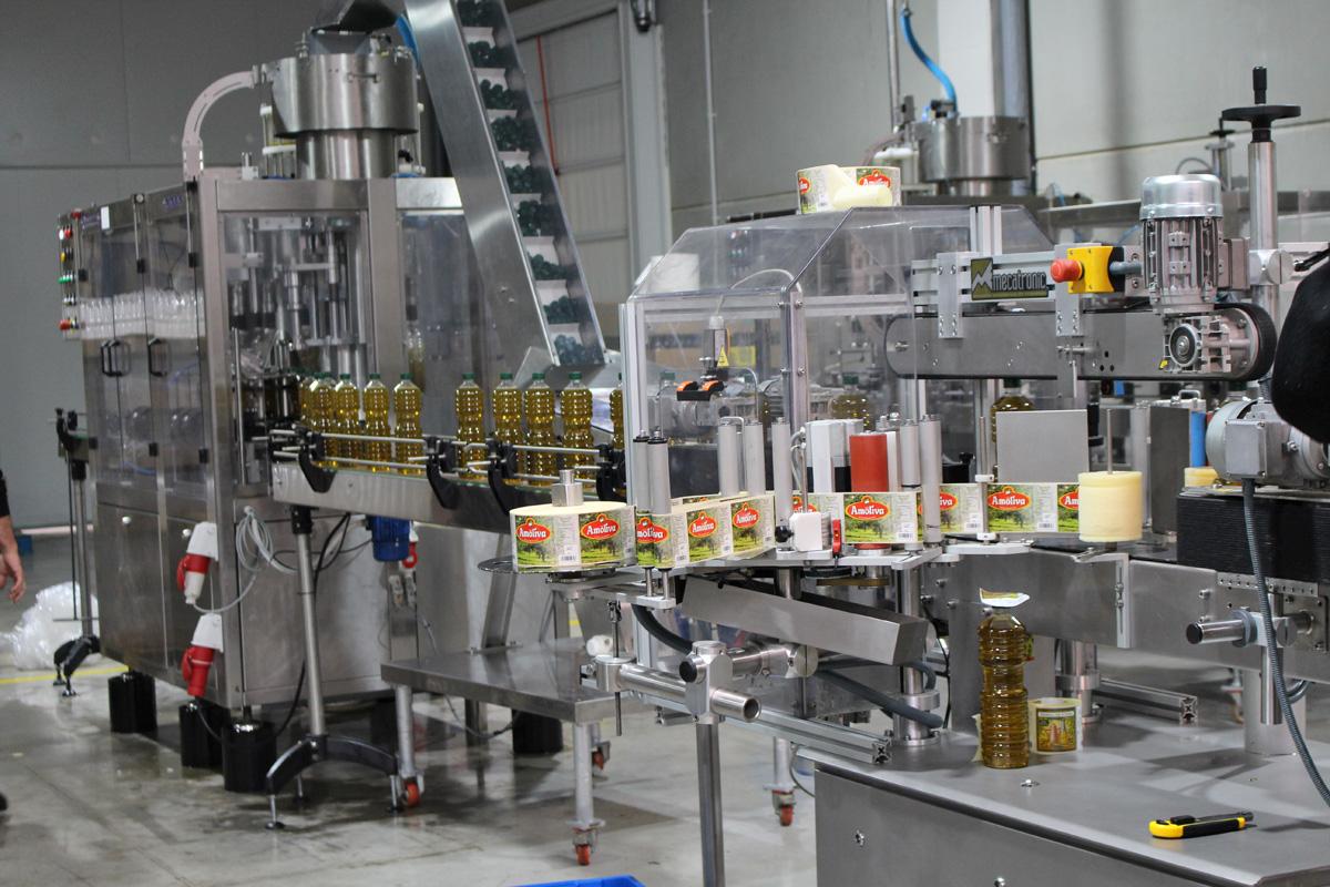 Proceso de etiquetado - Aceites de las Heras